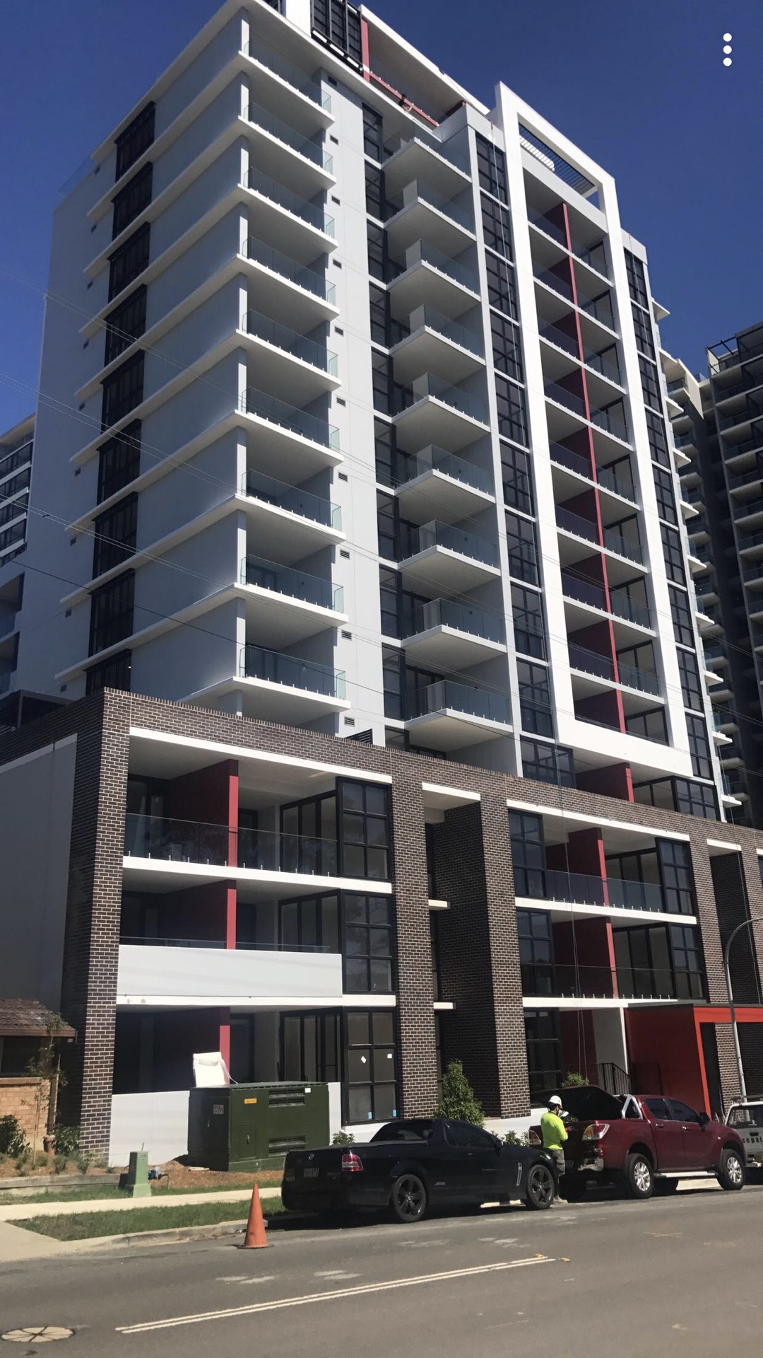 120 units - Supply & Install doors, door hardware, skirting, architraves, bathroom accessories & dryers  Epping, NSW