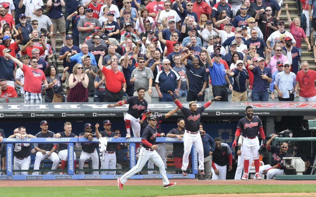 Indians rally, edge Royals 3-2 for 22nd straight win — MLB