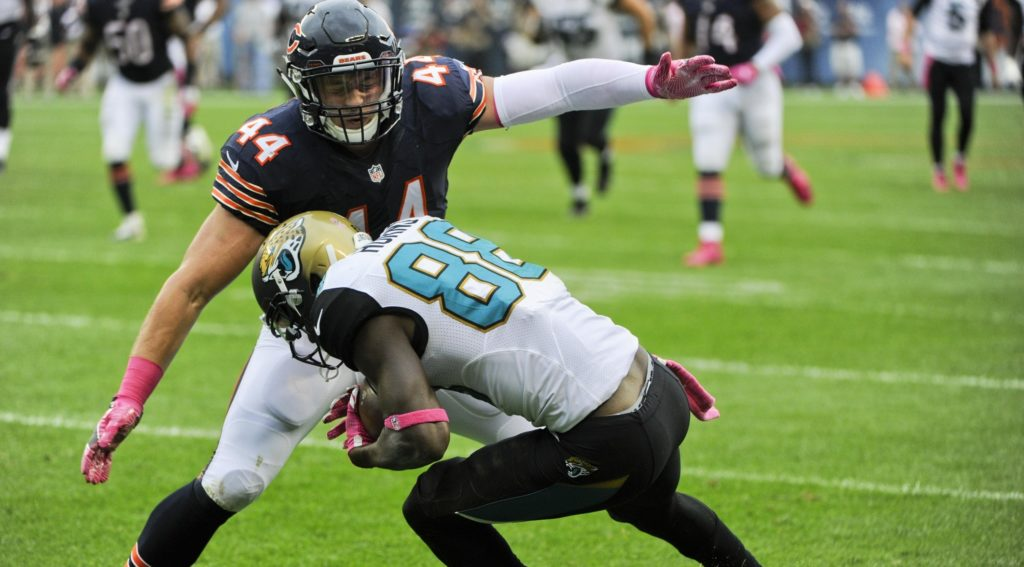 Torn pectoral muscle couldn't slow Bears' Jerrell Freeman in opener