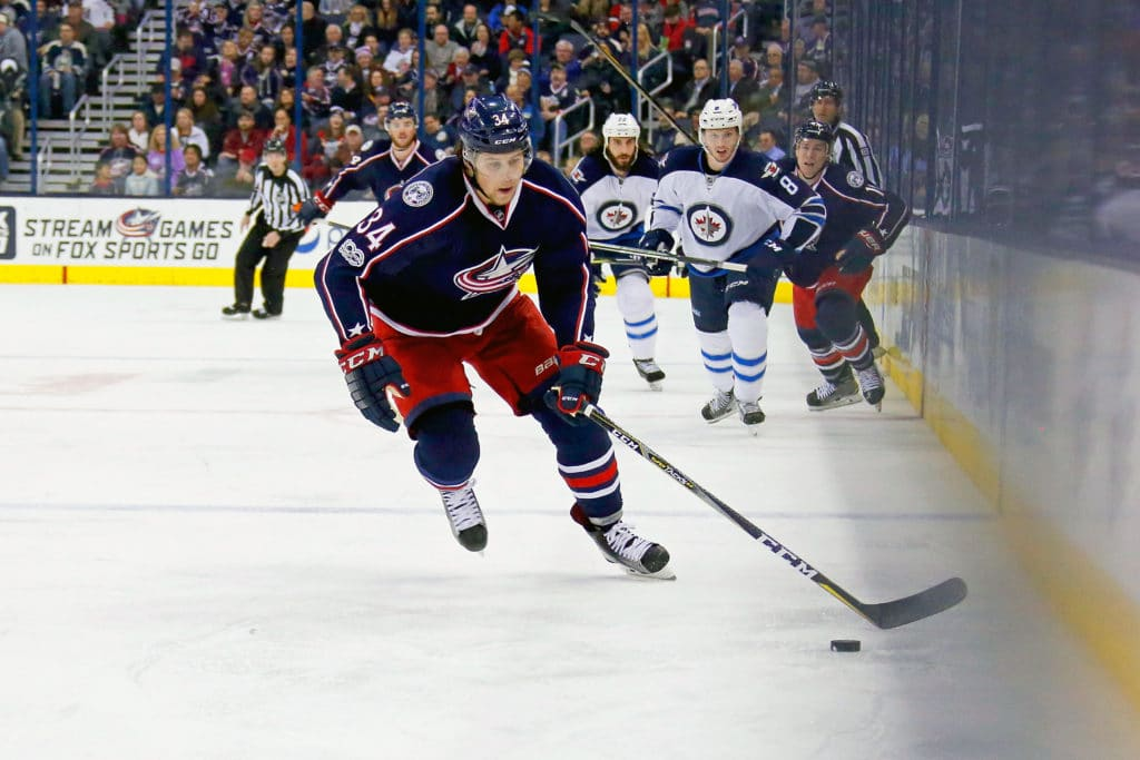 After missing camp, Josh Anderson signs with Blue Jackets