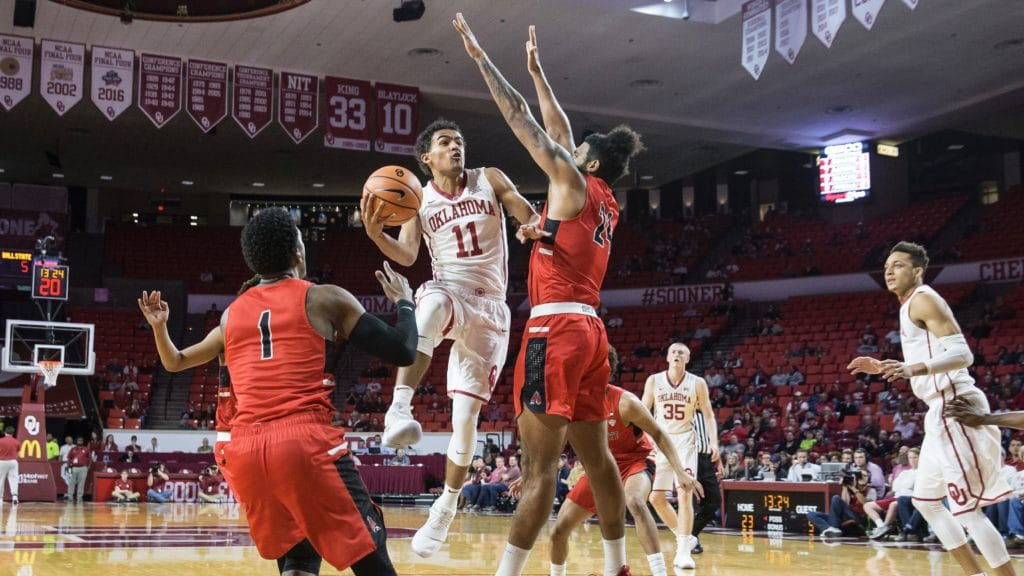 Sooners Pull Away Late to Beat North Texas