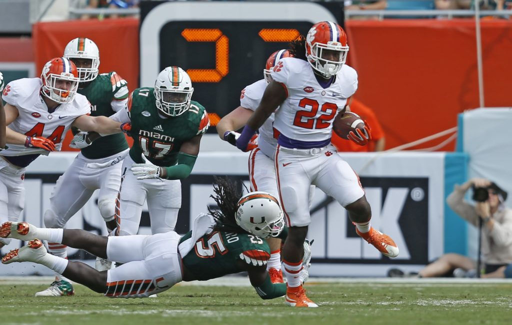 Clemson punches playoff ticket with ACC title game beatdown of Miami
