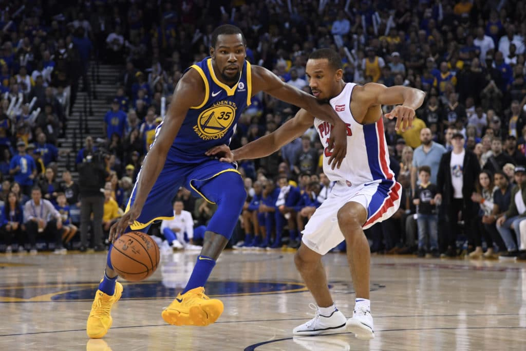Warriors make history with flawless 6-0 road trip