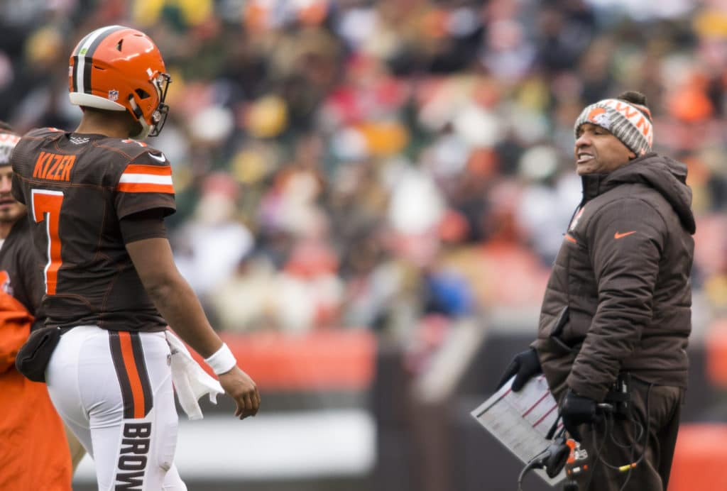 Browns confident in Hue Jackson as 2017 draws to a close