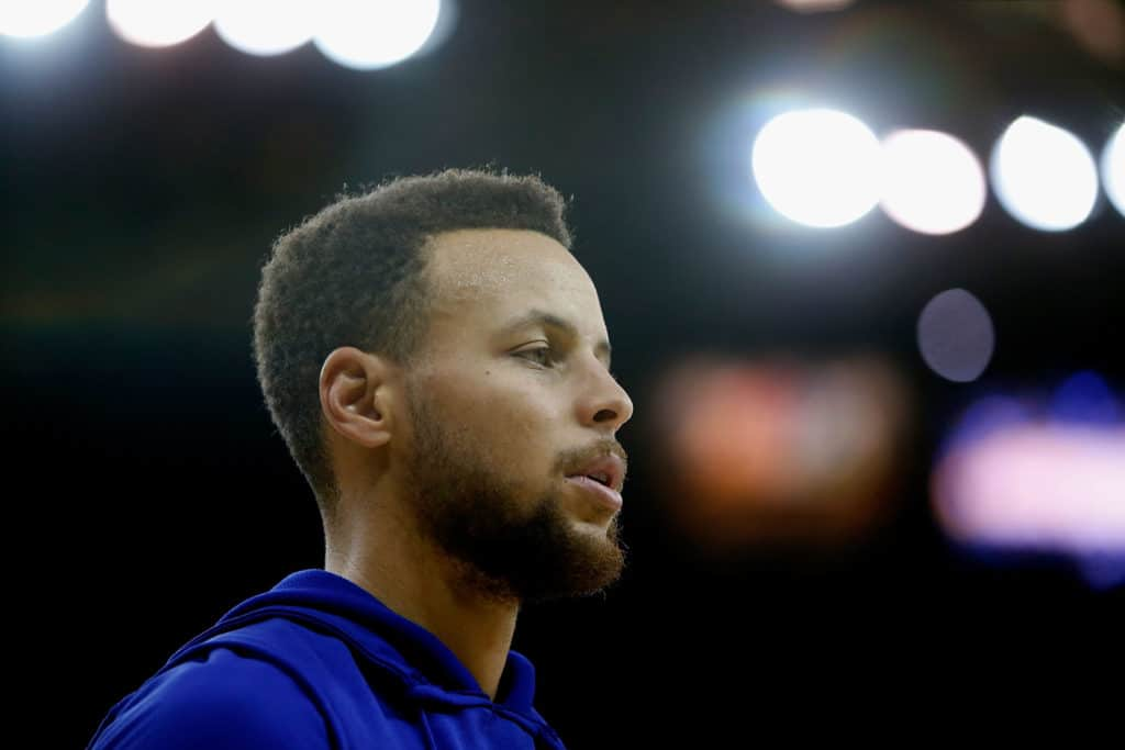 Stephen Curry re-sprains right ankle at shootaround out against the Clippers tonight