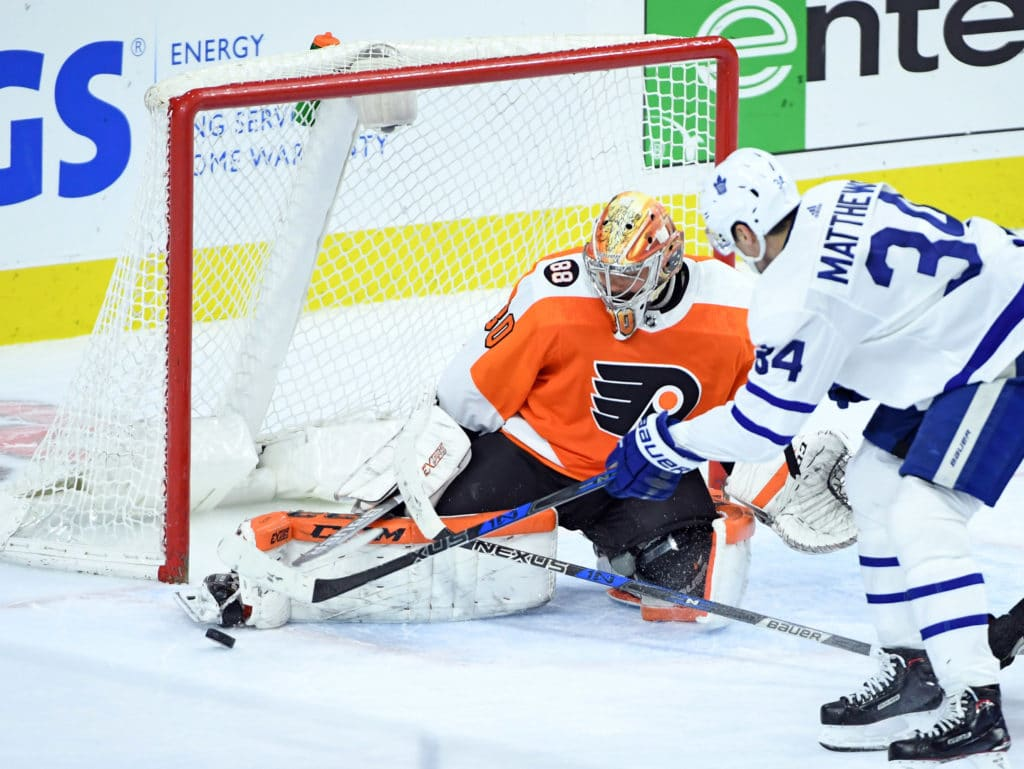 Carrick caps third-period comeback, Maple Leafs beat Senators 4-3