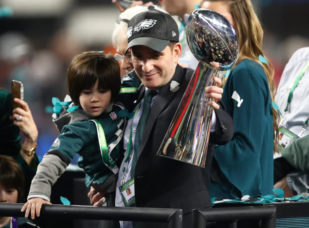 Philadelphia Eagles punter Donnie Jones retires after 14 seasons