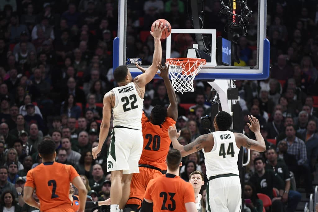 11th-seeded Syracuse beats 3rd-seeded Michigan State 55-53