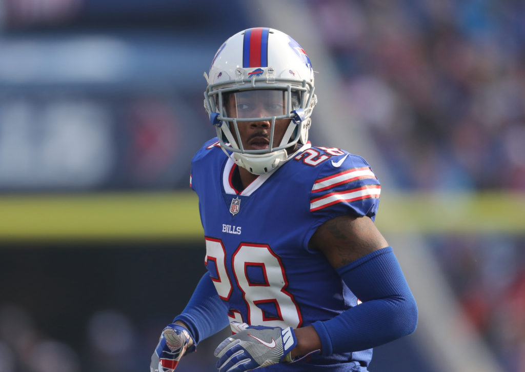 BUFFALO, NY - DECEMBER 3: E.J. Gaines #28 of the Buffalo Bills during NFL game action against the New England Patriots at New Era Field on December 3, 2017 in Buffalo, New York. (Photo by Tom Szczerbowski/Getty Images)