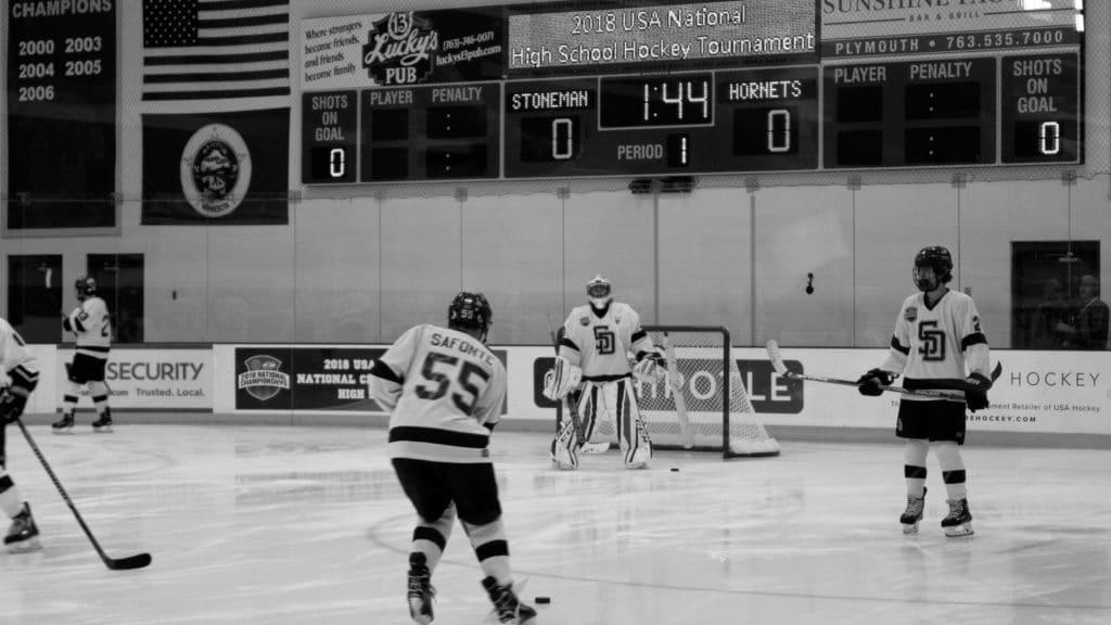 MN H.S.: At U.S. Nationals, Stoneman Douglas Hockey Team Enjoying Every Minute