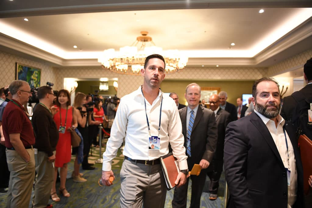 ORLANDO, FL - MARCH 26: San Fransisco 49ers head coach Kyle Shanahan heads to a meeting during the 2018 NFL Annual Meetings at the Ritz Carlton Orlando, Great Lakes on March 26, 2018 in Orlando, Florida. (Photo by B51/Mark Brown/Getty Images)