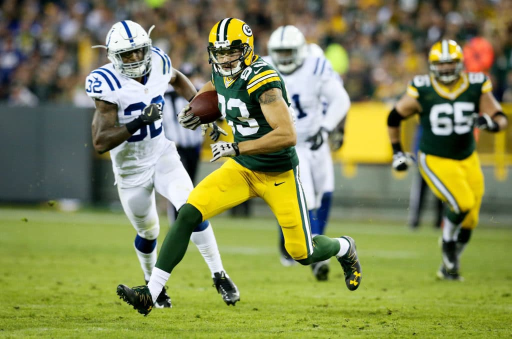 GREEN BAY, WI - NOVEMBER 06:  Jeff Janis #83 of the Green Bay Packers runs with the ball in the third quarter against the Indianapolis Colts at Lambeau Field on November 6, 2016 in Green Bay, Wisconsin. (Photo by Dylan Buell/Getty Images)