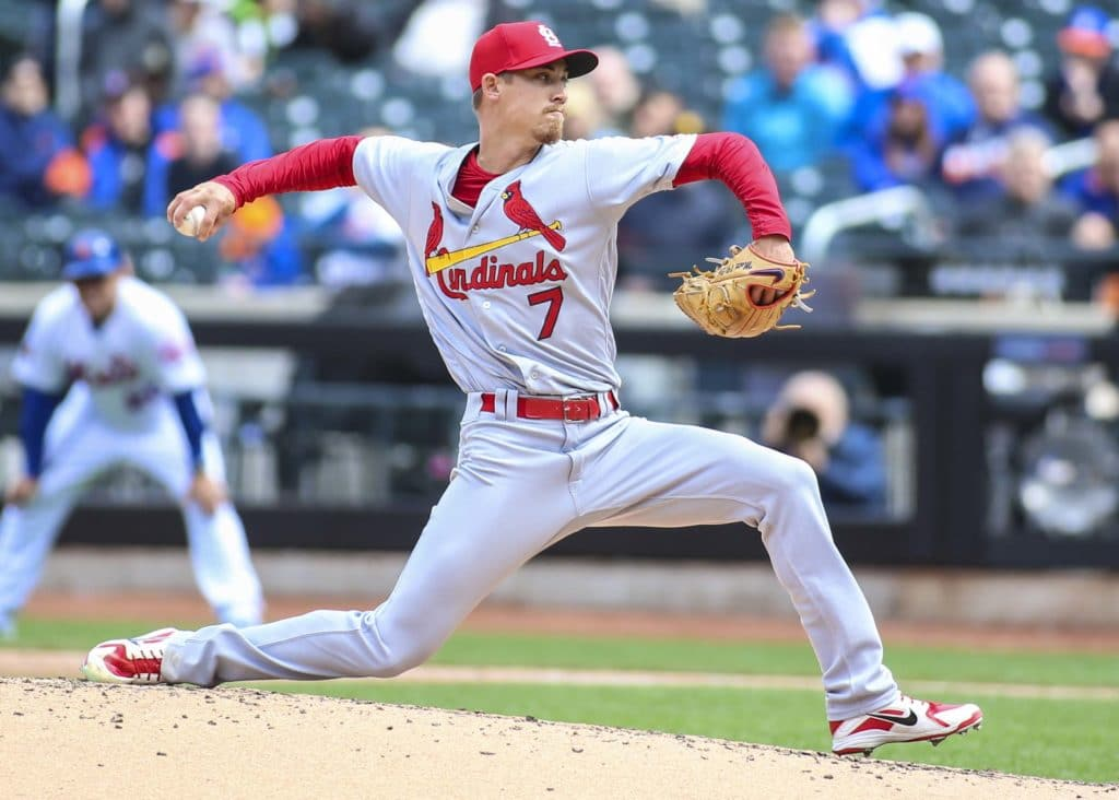 Martinez cruises, Molina homers as Cards beat Brewers 6-0