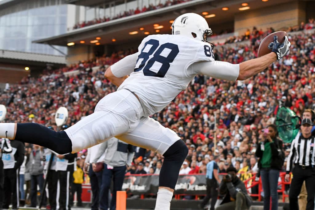 COLLEGE PARK, MD - NOVEMBER 25:  Penn State Nittany Lions tight end Mike Gesicki (88) catches a 9 yard touchdown pass in the second quarter against the Maryland Terrapins on November 25, 2017, at Capital One Field at Maryland Stadium in College Park, MD.  (Photo by Mark Goldman/Icon Sportswire via Getty Images)