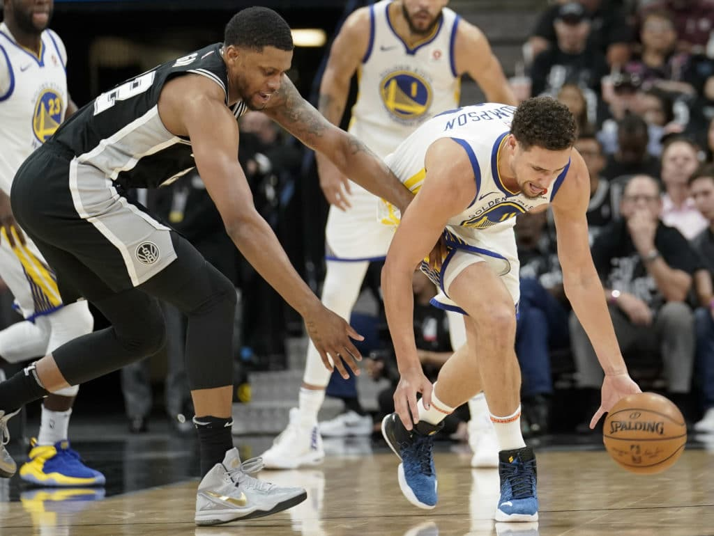 Warriors take 3-0 lead as Spurs play without Popovich