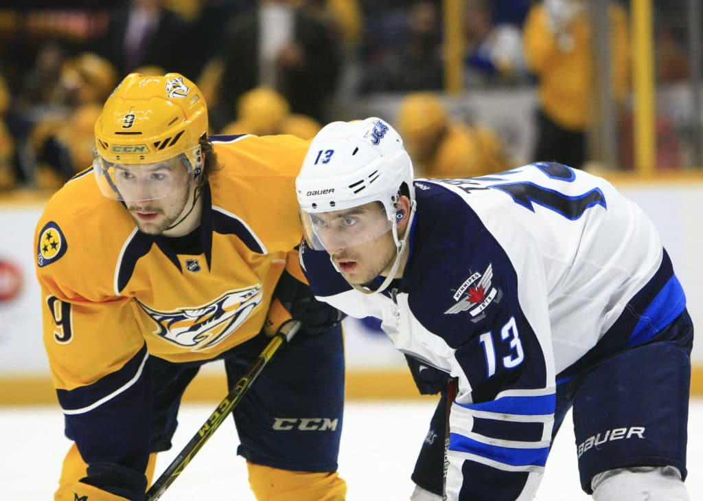 Rinne doesn't make it through Game 1 of Jets - Predators