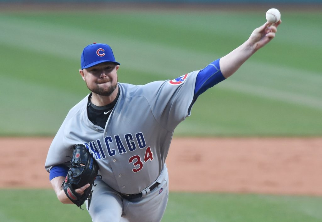 Schwarber hits 2 HRs as Cubs beat Indians