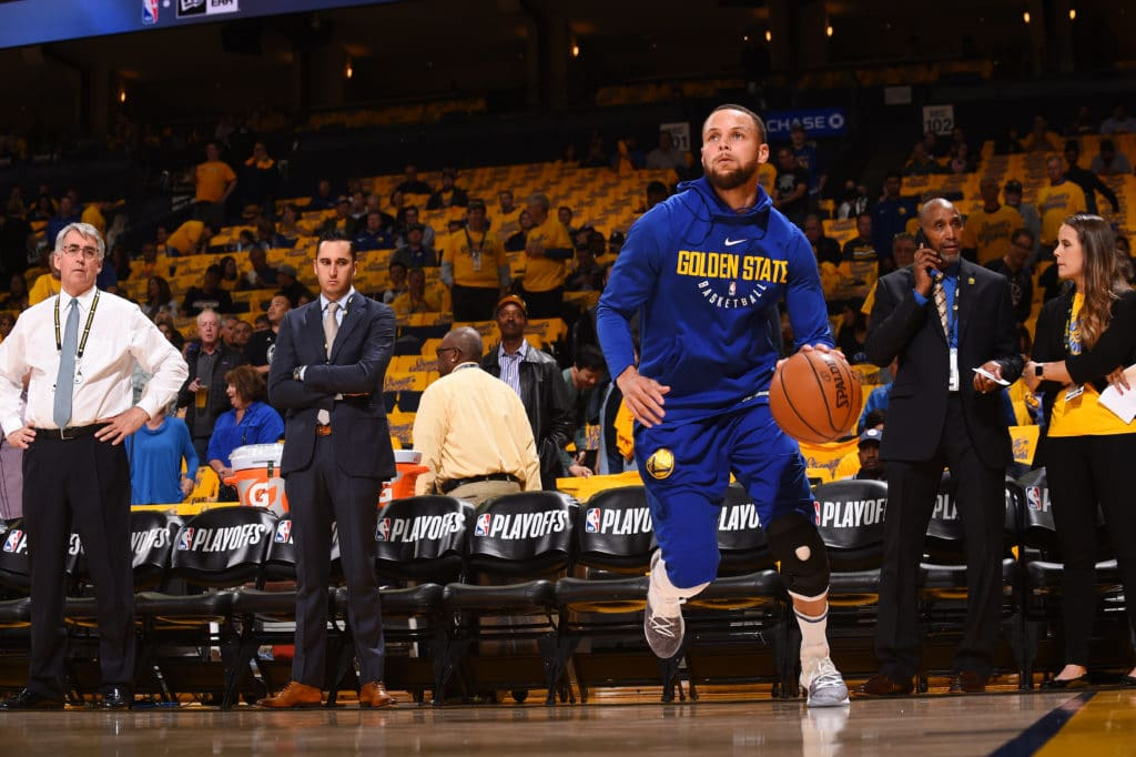 Stephen Curry questionable for Game 1 after practicing in full