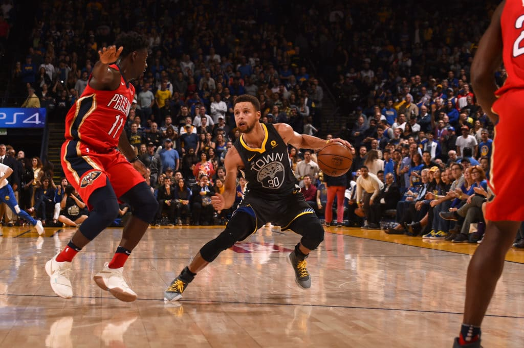 Golden State Warriors obliterate Pelicans in game one