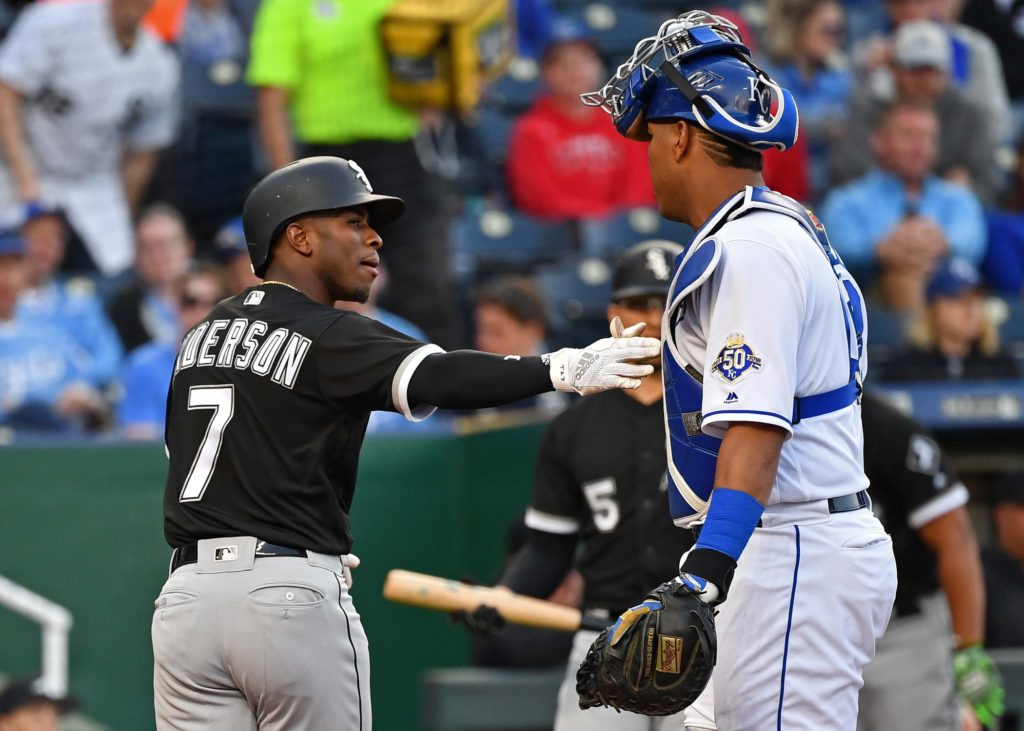 Davidson delivers as White Sox outlast Royals