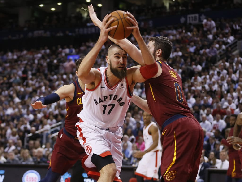 LeBron not claiming 'mental edge' over Raptors despite stunning game two display