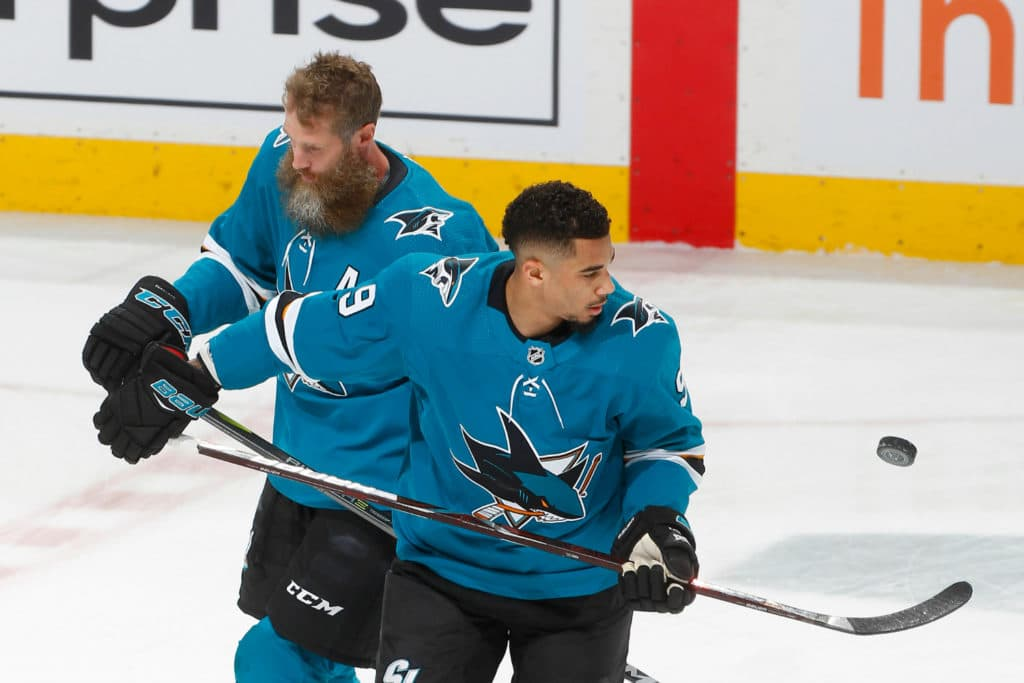 Sharks' Joe Thornton suffered fully torn ACL, MCL