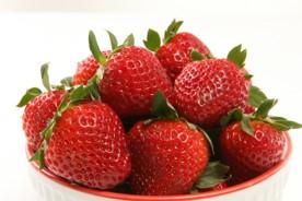 plate of strawberries