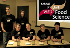 Food Science students at the IFTSA College Bowl Competition.