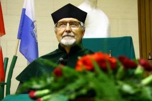 Andrzej Paszczynski after accepting his award