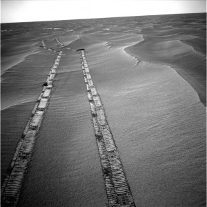 Rover tracks on Mars (or future tractor tracks?). Photo: JPL NASA