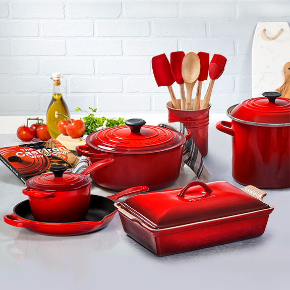 Le Creuset Signature 16 Piece Cookware Set