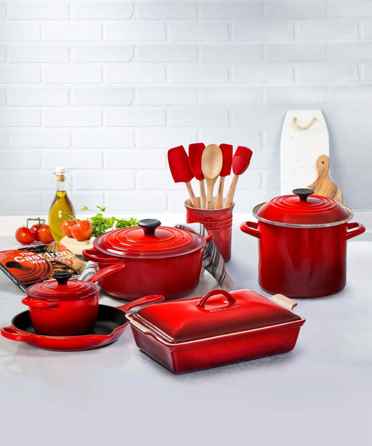 Le Creuset Signature 16 Piece Cookware Set