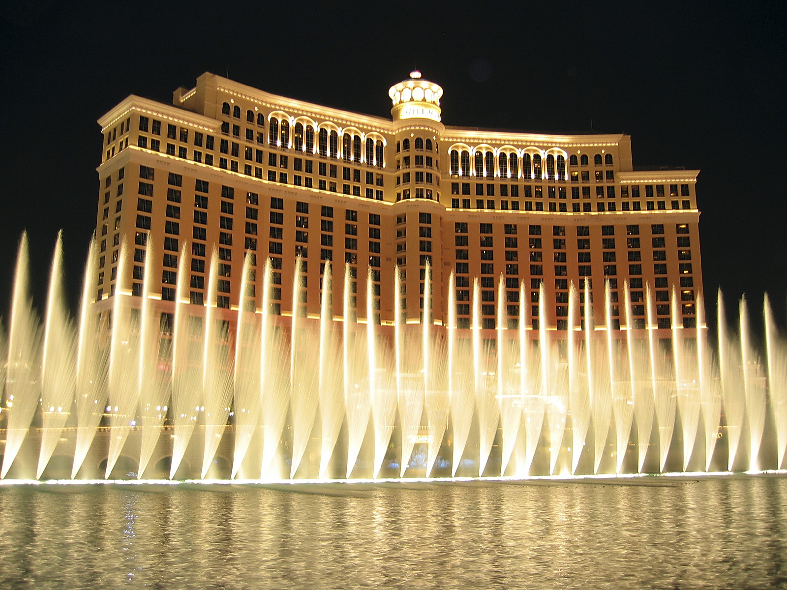 Bellagio Hotel-Las Vegas-Nevada-travel healthcare jobs march 25
