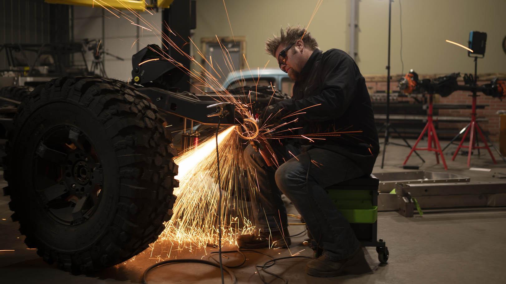 Truck Hero — Off-Road Rig Build