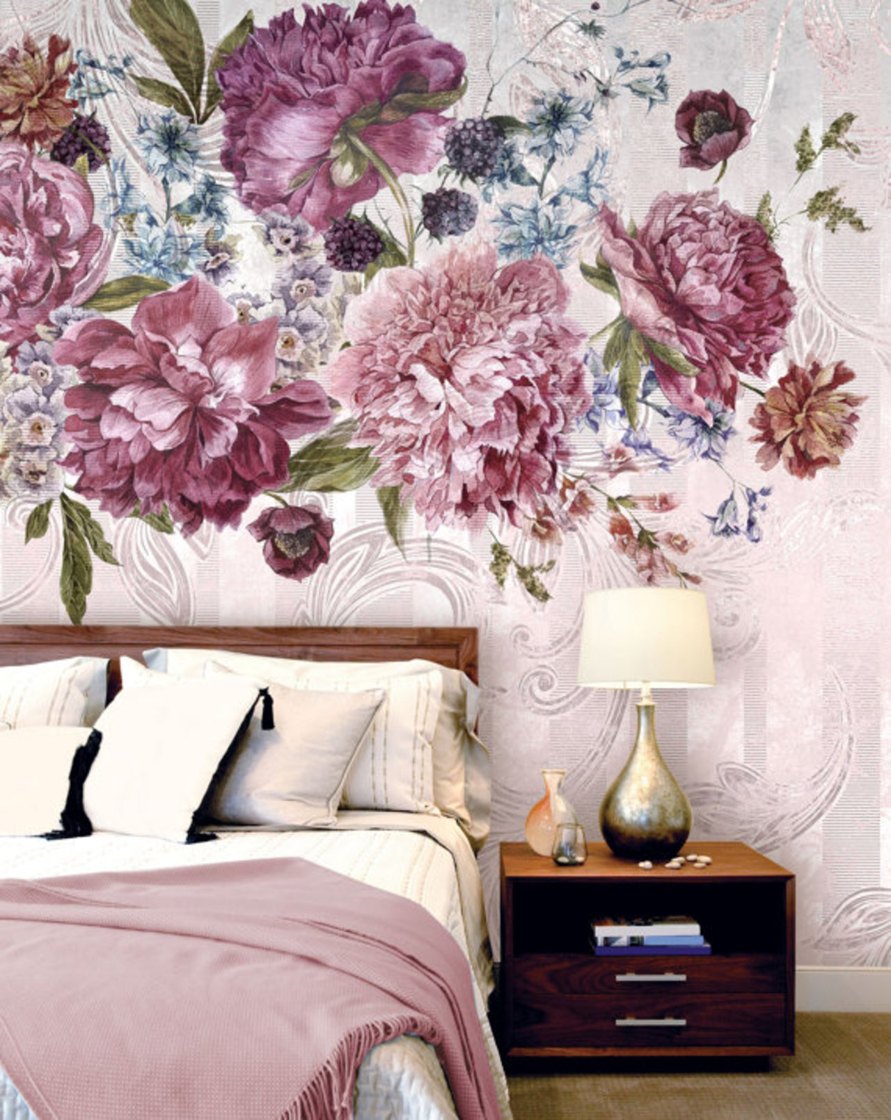 10 inspiring mural wallpapers the accent for Wallpaper for bedroom amazon