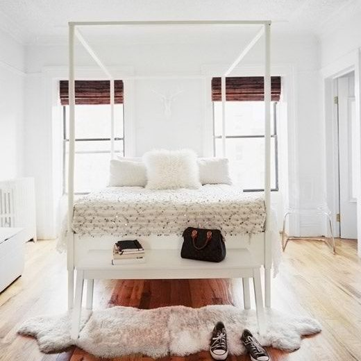 Moroccan White & Naples Canopy Bed - White - Online Interior Design - NousDecor