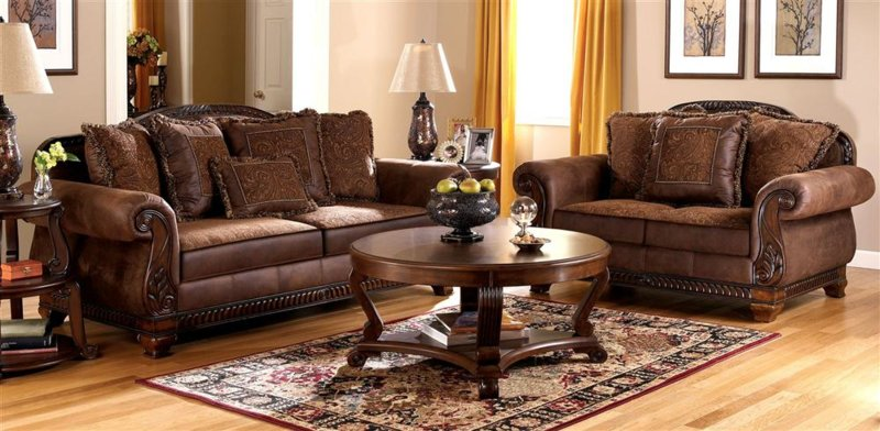 Ordinaire Faux Leather Sofa And Loveseat Set W Tapestry Pillows