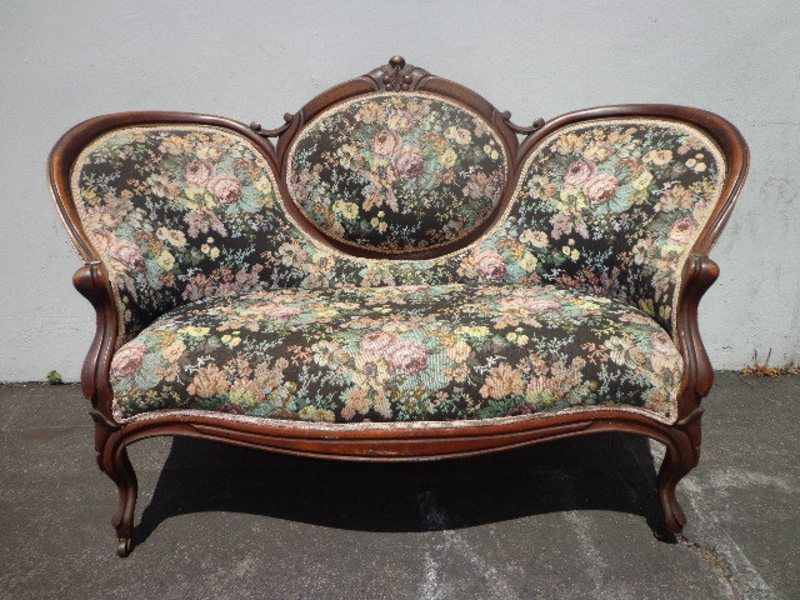 Vintage Antique Victorian Sofa Loveseat Settee French Provincial Photo  Shoot Shabby Chic Seating Carved Wood Love