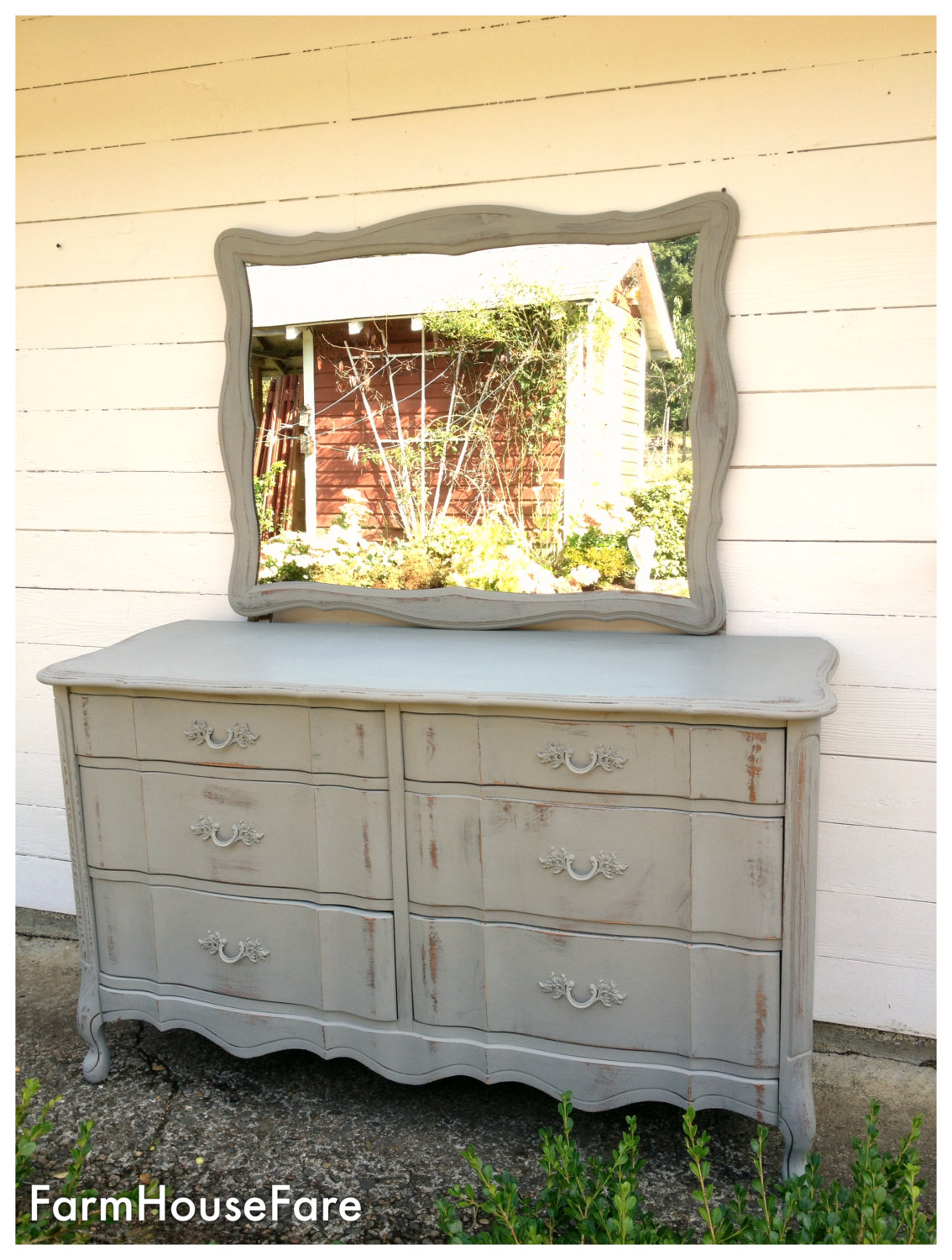 Chalk Paint Furniture Painted Dresser French Linen Distressed Rustic Shabby Cottage Chic Wood