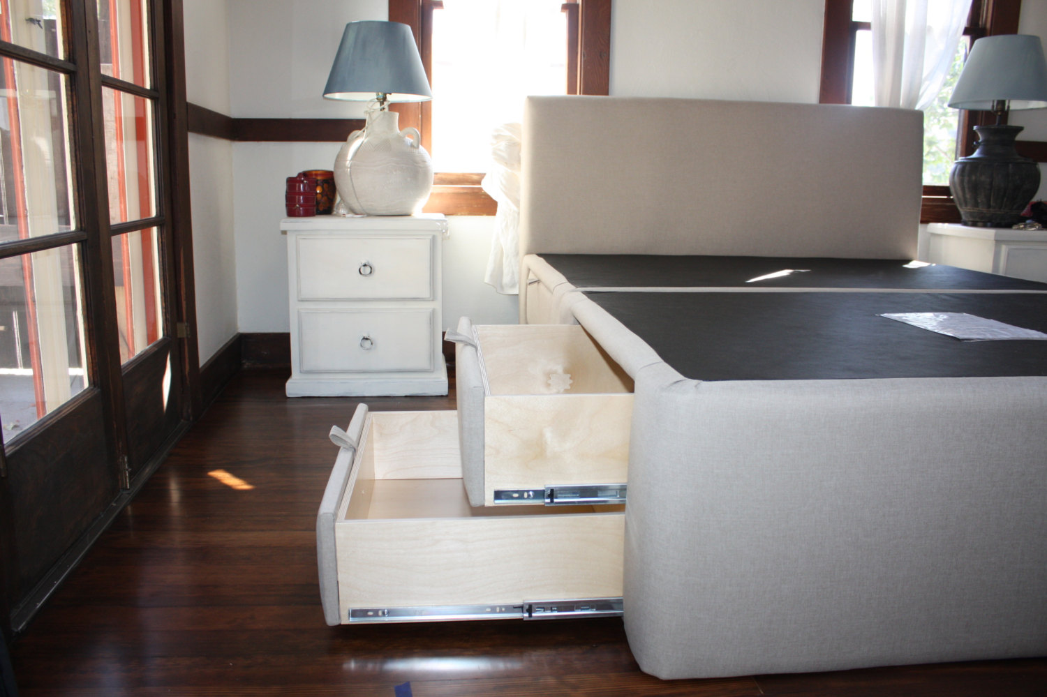 Isabella Plaform Storage Bed - 8 Drawer Upholstered Storage Bed - Handcrafted in the USA Custom & Isabella Plaform Storage Bed - 8 Drawer Upholstered Storage Bed ...