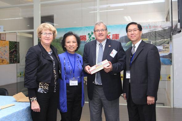 福智團體事業獲加拿大議員認同