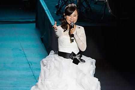 演唱者:龍千玉