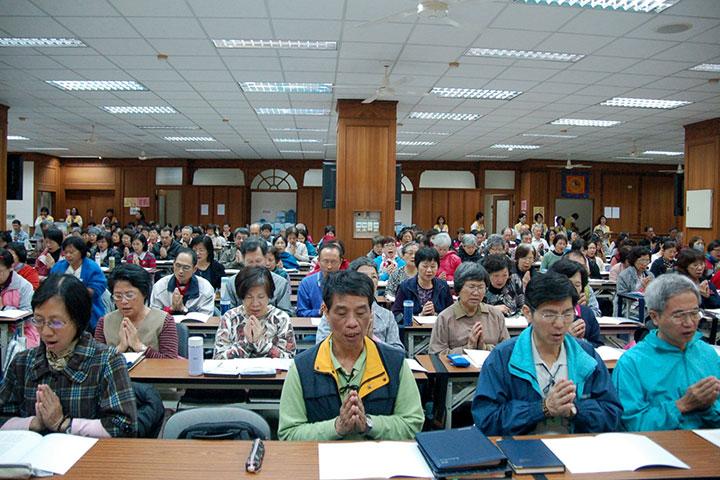 福智居士佛學院啟動五大論學習