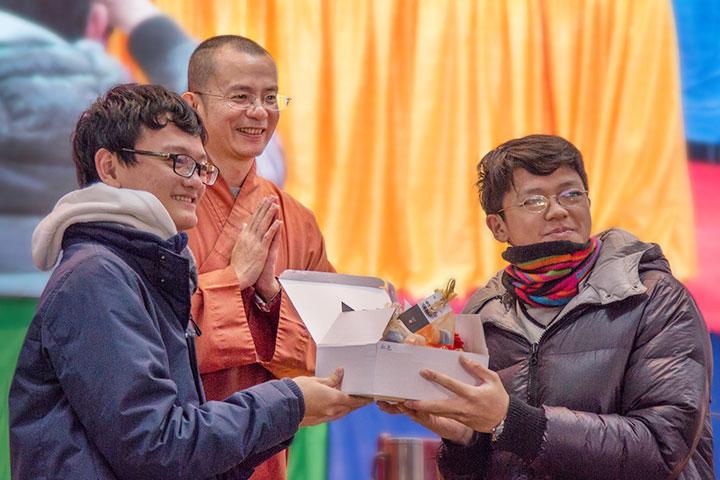 福智青年2016寺院參訪,效學利他志向