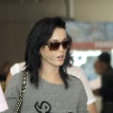 Katy Perry And Russell Brand Land In India For Their Weekend Wedding