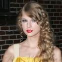 Taylor Swift Looks Lovely In Lemon