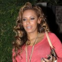 Mel B Dines Out