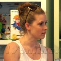 Amy Adams Shops For Baby Clothes