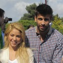 Shakira And Gerard Mobbed By Fans