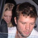 Ryan Phillippe And Amanda Seyfried Cover Up